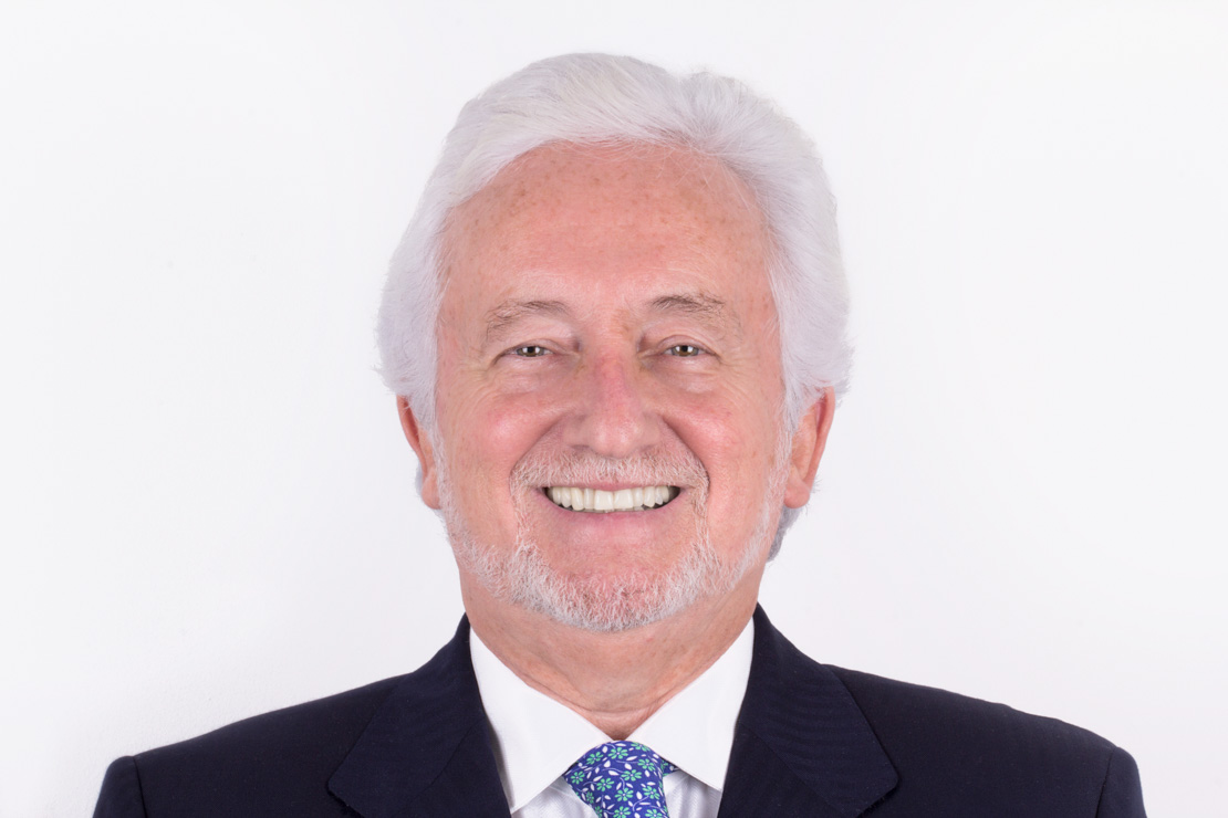 Dr Vicente Jiménez Clínica dental CIRO Madrid