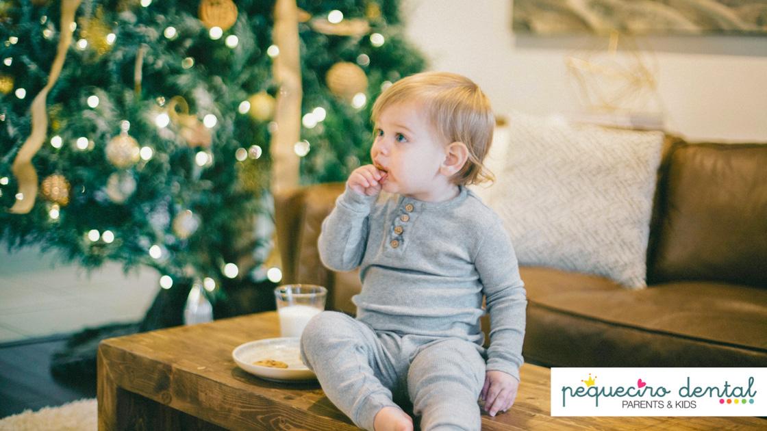 Pequeciro niño navidad dulces arbol clínica CIRO